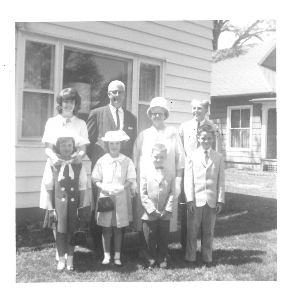 Back row: Carol, Grandpa, Grandma Hogue, Tom Front Row: Susan, Linda, Steven, Dad